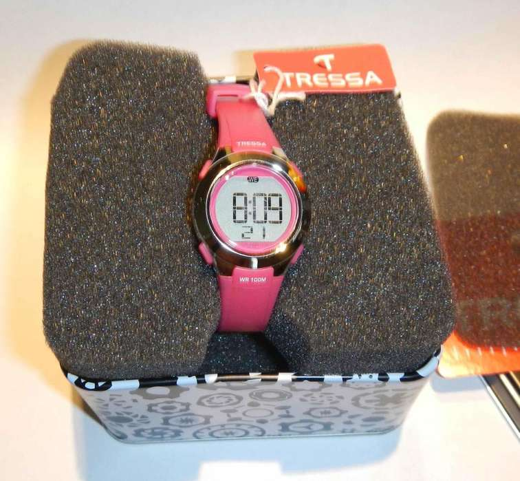 Vendo Reloj Tressa para Dama.