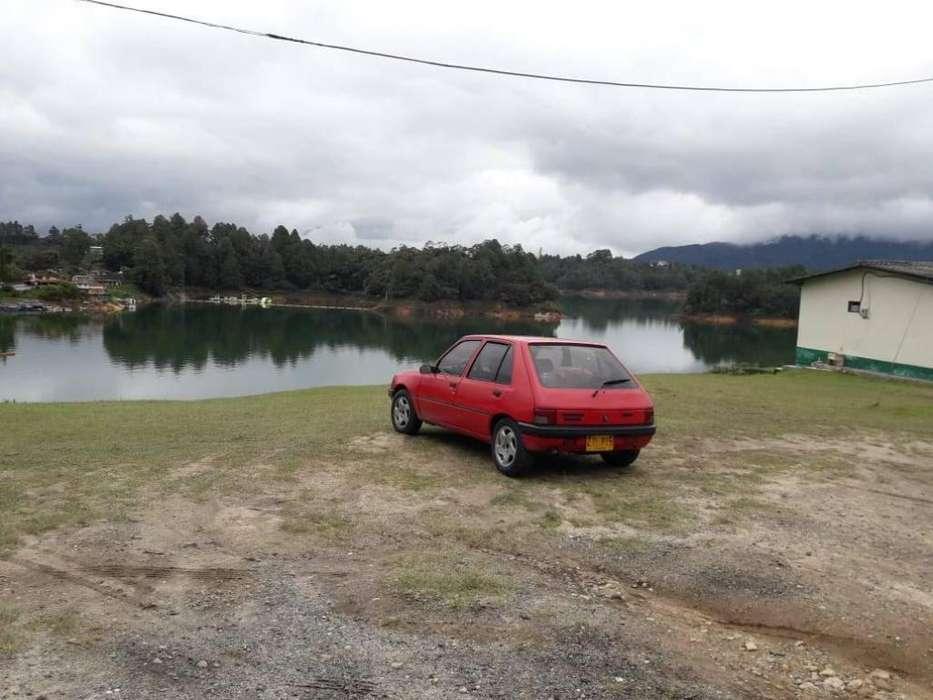 Peugeot 205 1996 - 169000 km
