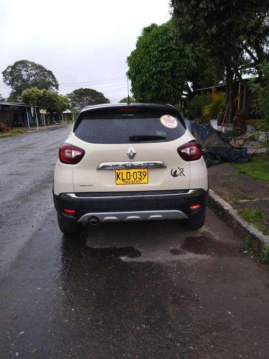 Renault Captur 2019 - 25000 km