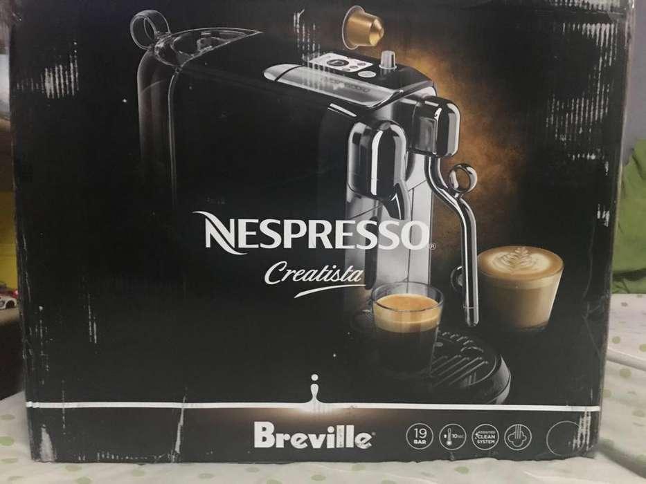 Maquina Nespresso Creatista