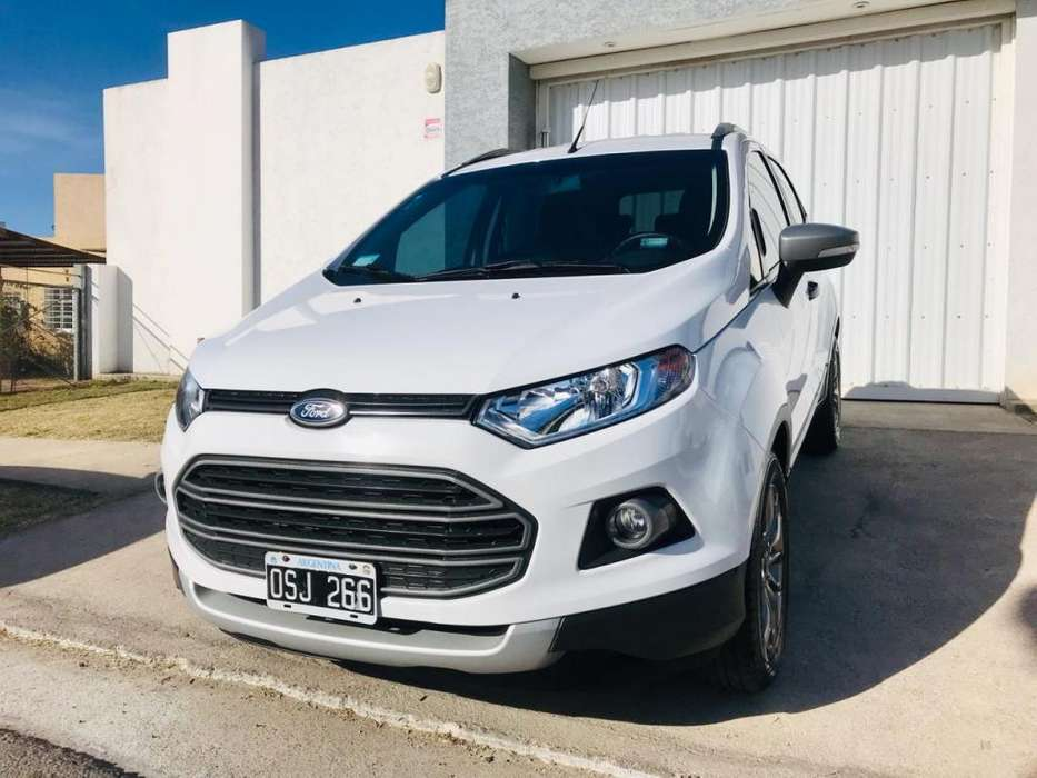Ford Escort 2015 - 75000 km