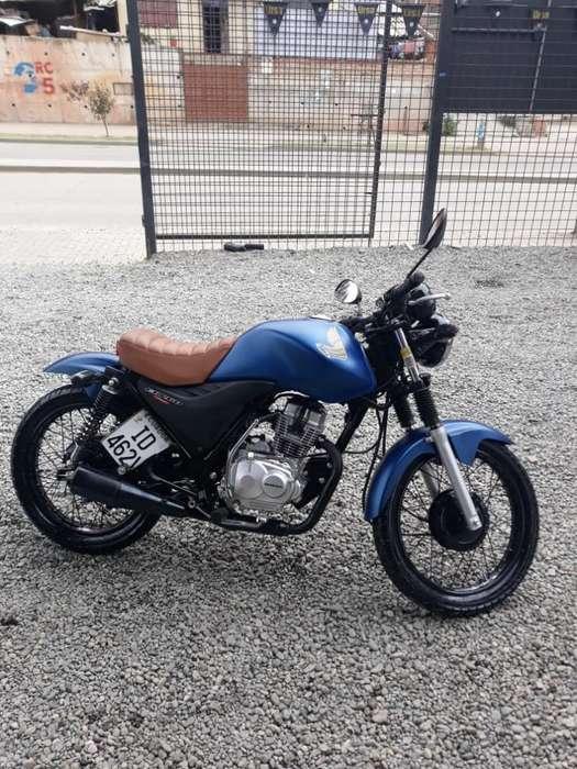 Vendo Moto <strong>honda</strong> Poco Tiempo de Uso 2013