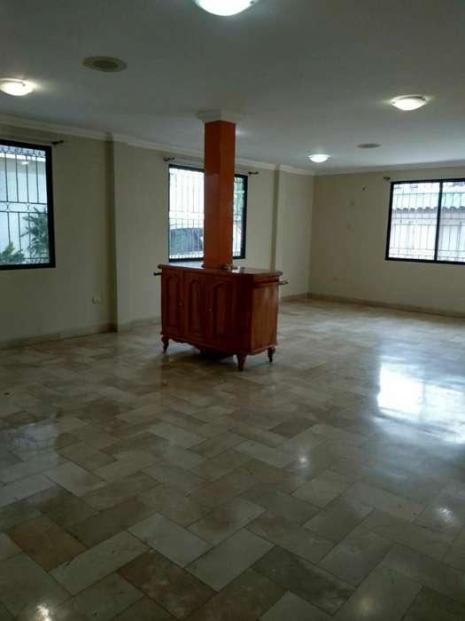 Urdesa Norte, Rento Casa para Oficinas