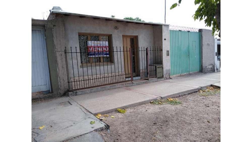 Salvador Arias 1300 - 2.400.000 - Casa en Venta