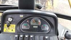 Vendo Retroescavadora Caterpillar 416e