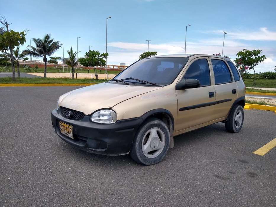 Chevrolet Corsa 4 Ptas. 2001 - 118000 km