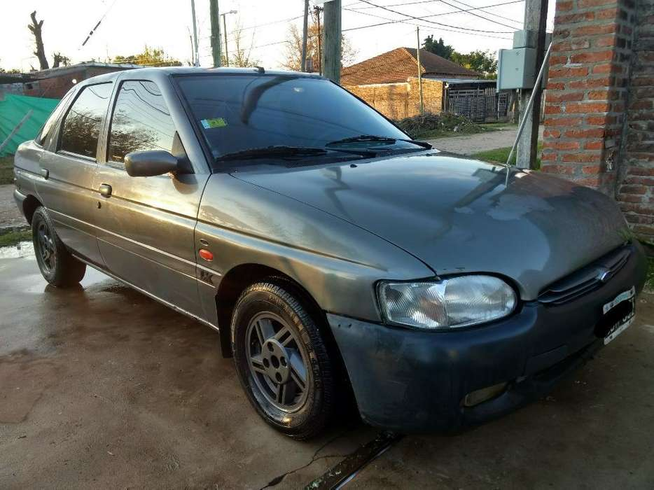 Ford Escort 1998 - 15000 km