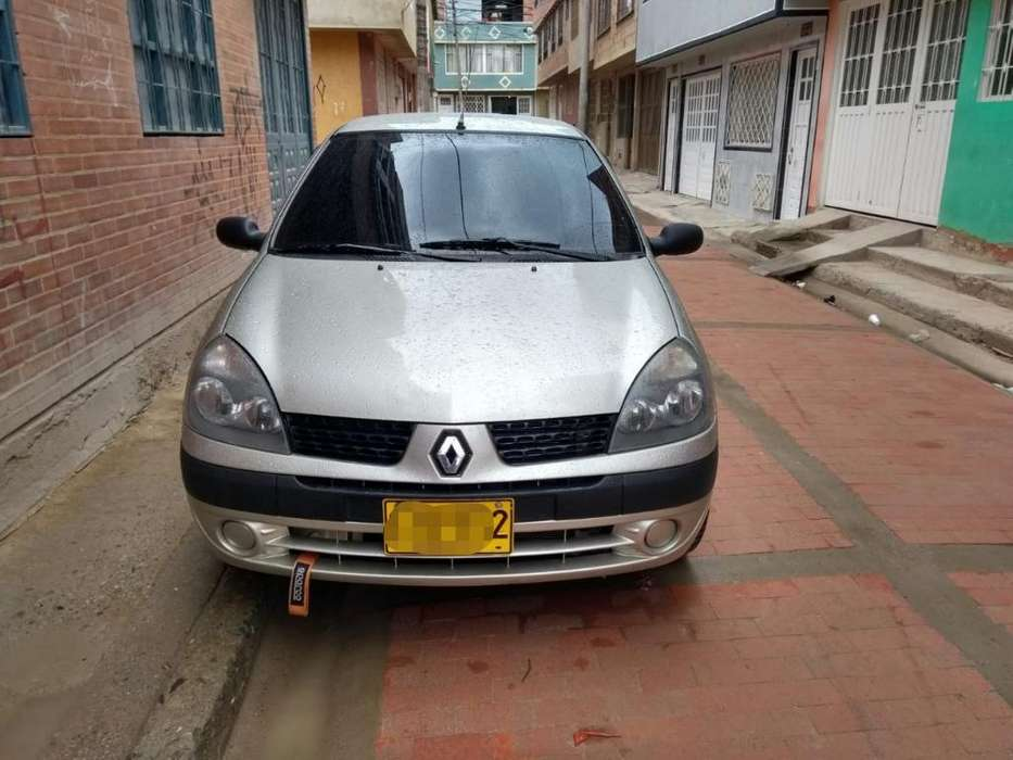 Renault Clio  2008 - 150000 km