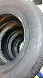 llantas usadas 265 65 R17 Bridgestone Dueler H/T $55c/u 7/10