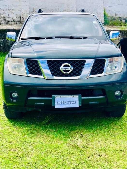 Nissan Pathfinder 2007 - 140000 km
