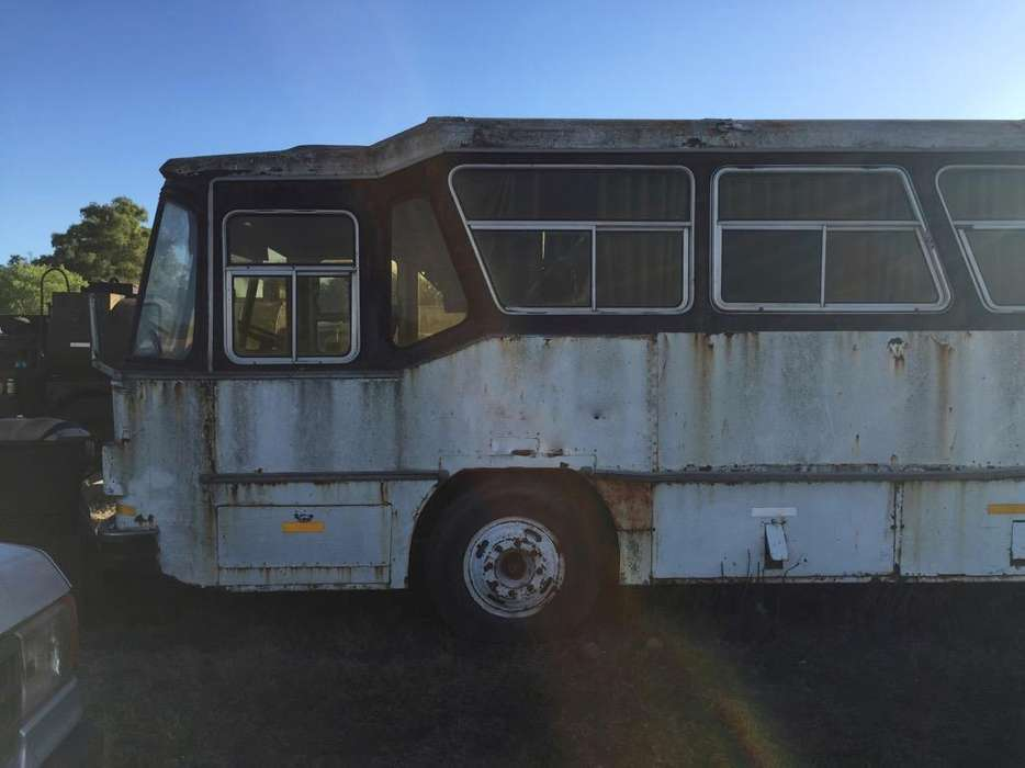 Colectivo Mb Oh140 1114 sin Motor