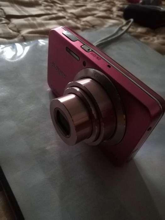 Camara Sony de 16.1 Megapixeles