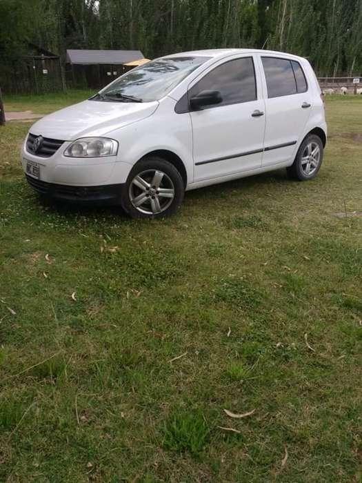Volkswagen Fox 2009 - 135000 km