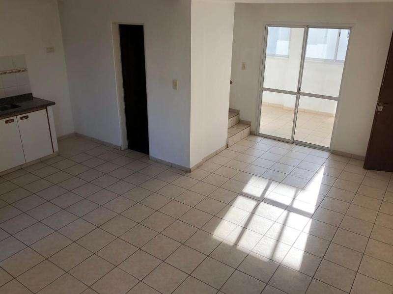 Ridella Propiedades Duplex en alquiler en La Plata. 62 118 y blv 113