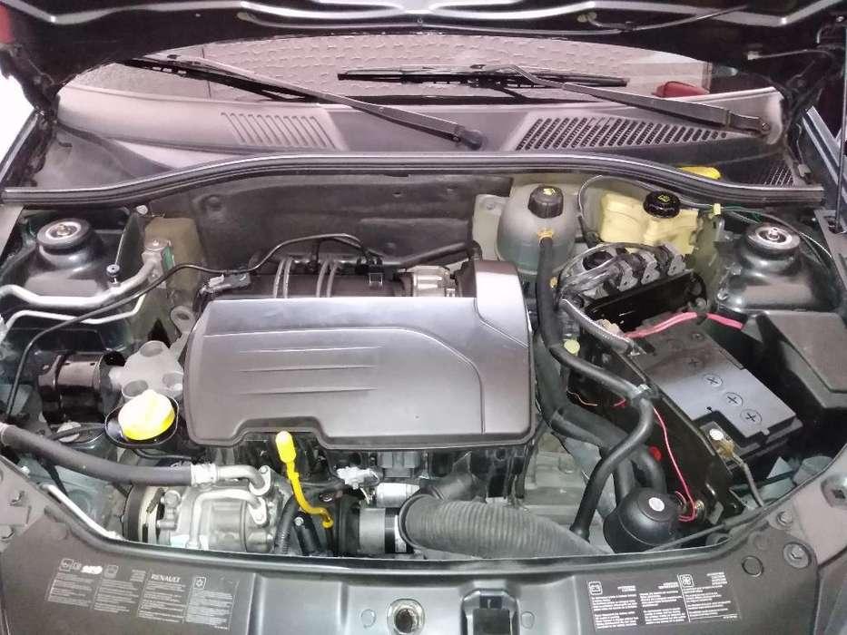 Renault Clio  2013 - 94000 km
