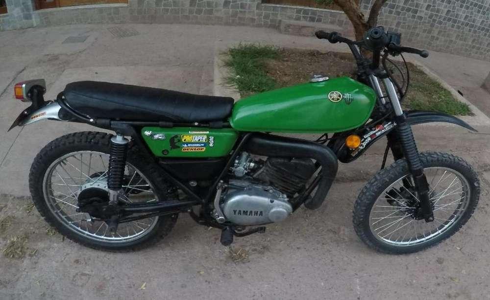 Yamaha DT 100 enduro
