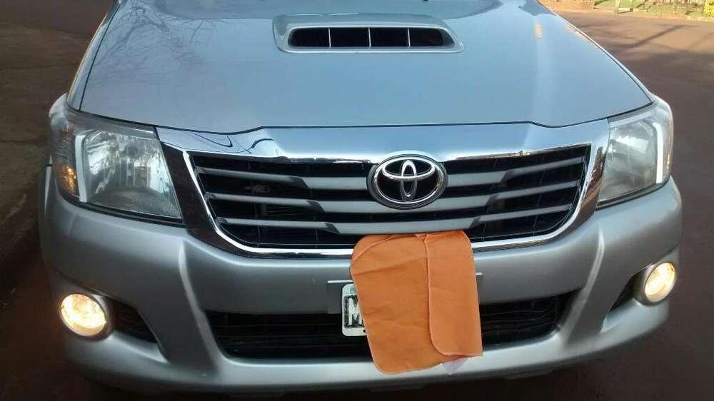 Toyota Hilux 2013 - 193000 km
