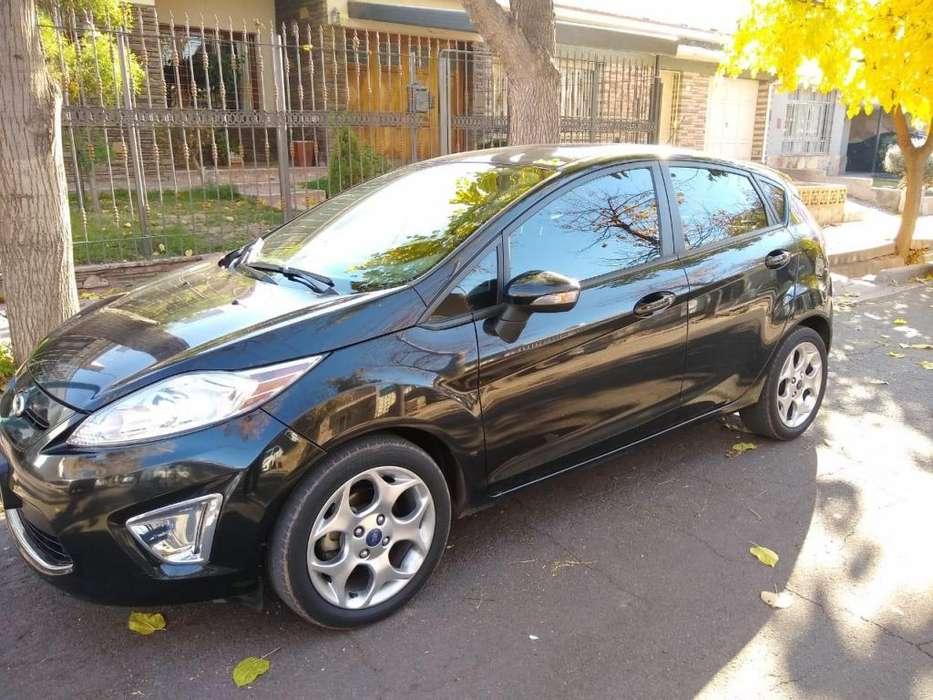 Ford Fiesta Kinetic 2013 - 78000 km