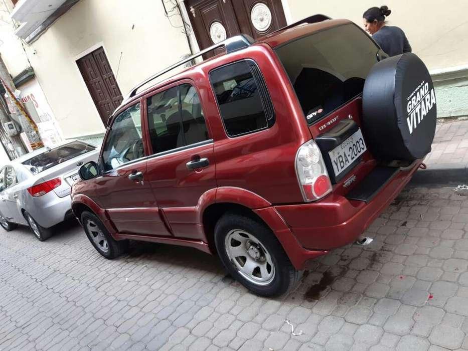 Chevrolet Grand Vitara 2012 - 118000 km