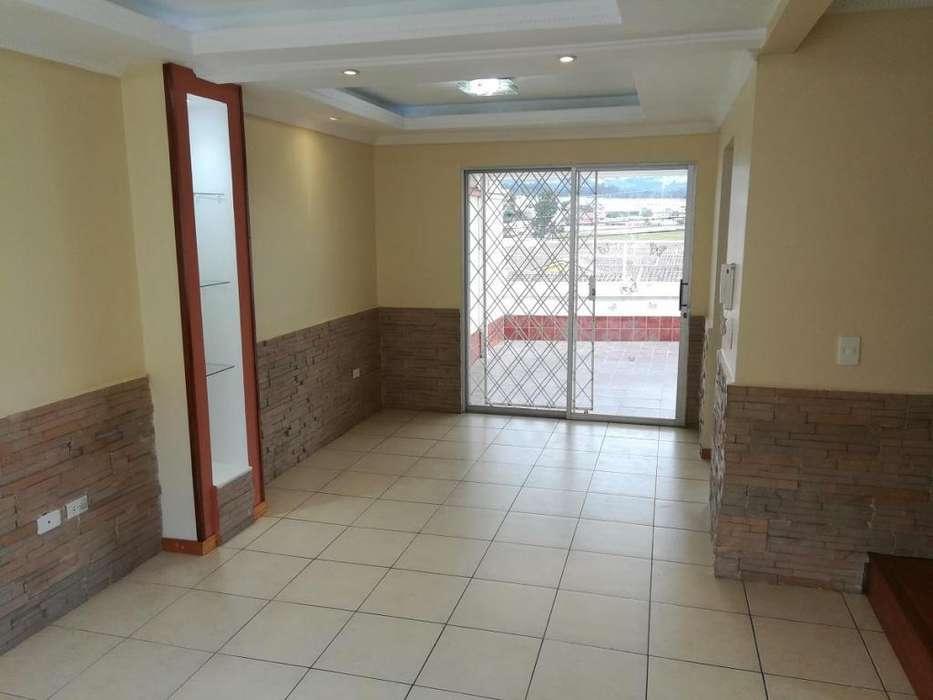 OPORTUNIDAD Vendo Flamante Casa Valle de Los Chillos Sangolquí 3 Dormitorios Zona Segura Sector Hospital del IESS