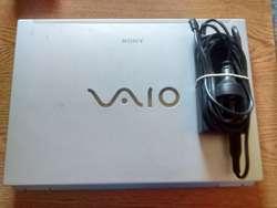 Notebook Sony Vaio Vgnfz430e 250 Gb 15.4'' P/ Entendidos