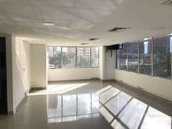 ARRIENDO DE OFICINA EN SANTA MARIA DE LOS ANGELES SUR ORIENTAL  MEDELLIN 823-115