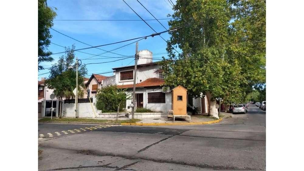 Mariano Moreno 2100 - UD 273.000 - Casa en Venta