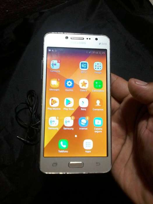 Samsung J2 Prime Libre con Accesorio
