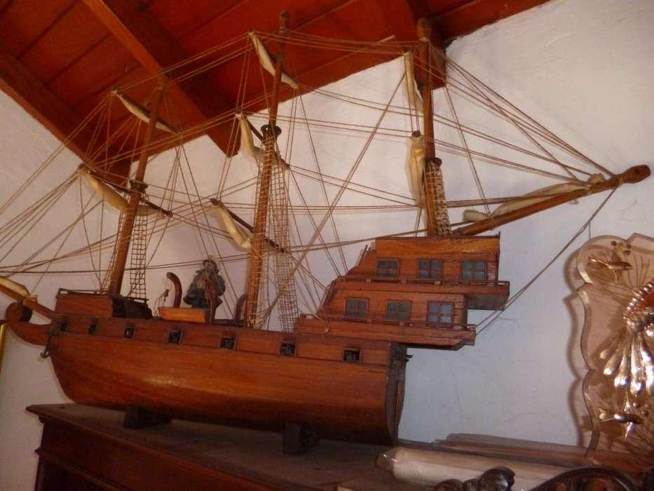 velero galeón con 14 cañones de 1,30m de largo