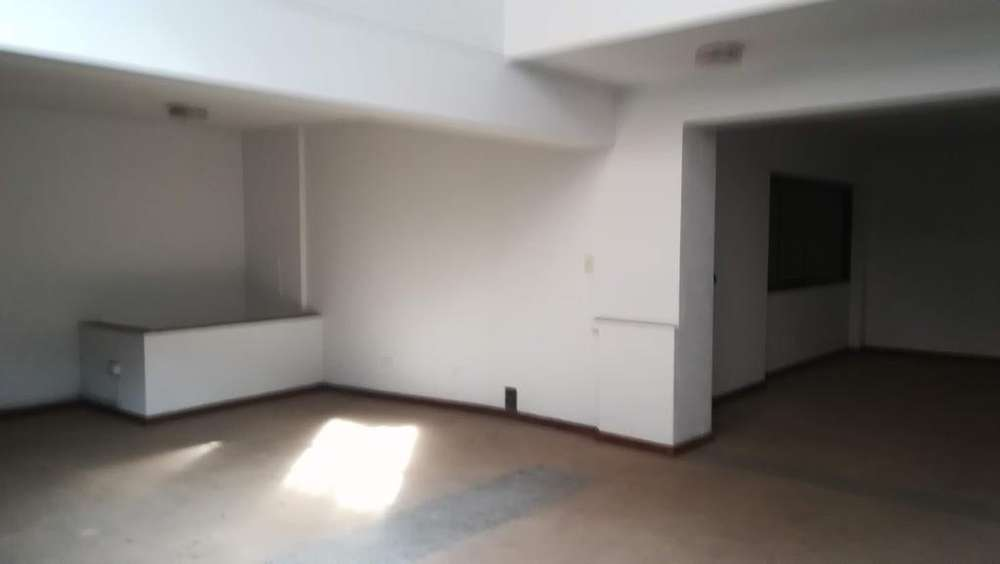 Se Alquila Local Comercial Jr. Rufino Torrico: Sótano1er y 2do PisoMezzanine 418m2-Cercado de Lima