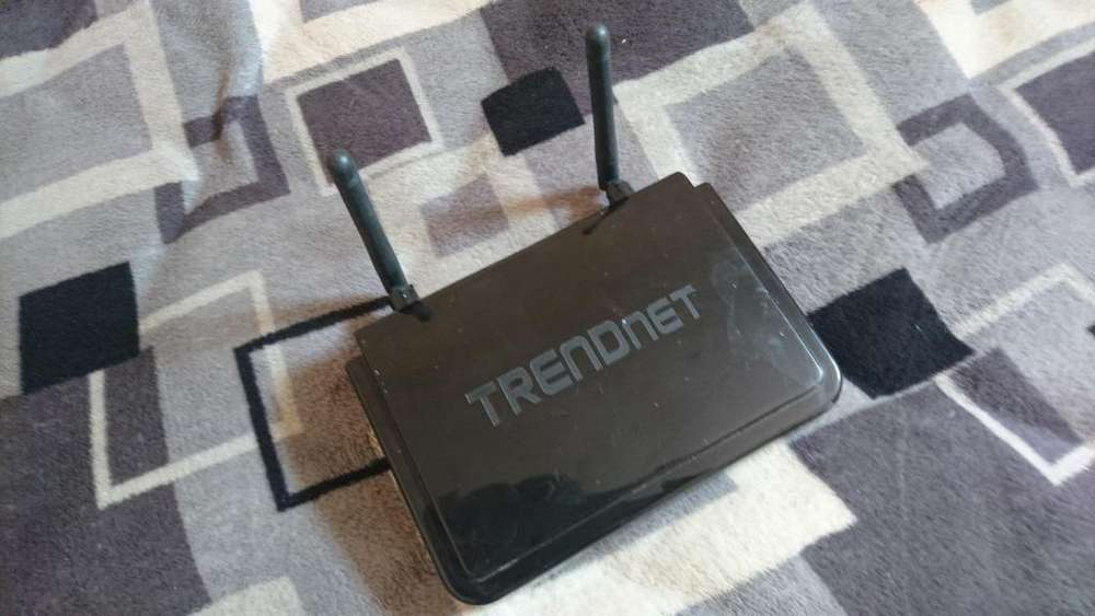 Vendo <strong>router</strong> Trendnet
