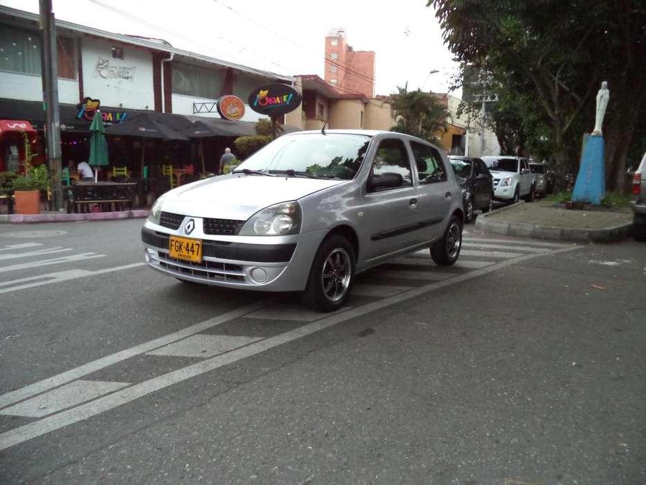 Renault Clio  2008 - 195000 km