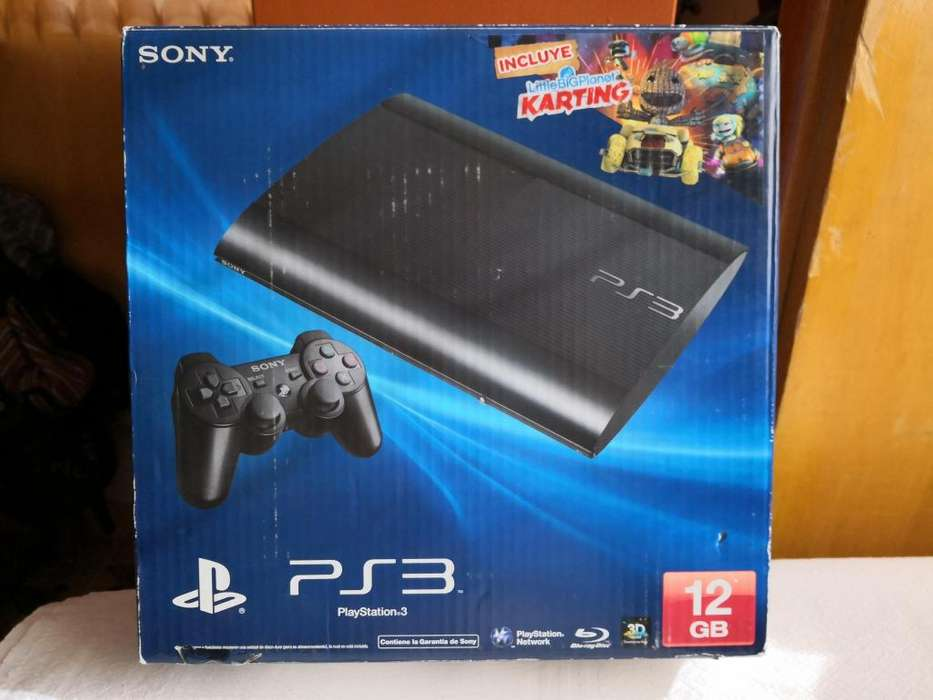 SE VENDE UN PLAY STATION 3 SLIM, CON TODO ORIGINAL ESTADO 9/10