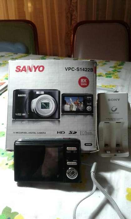 Camara Digital Sanyo 14 Megapixels