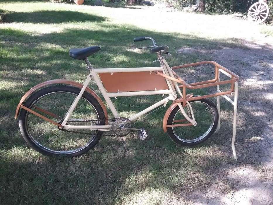 Bici antigua Multiuso Carga Bergamasco