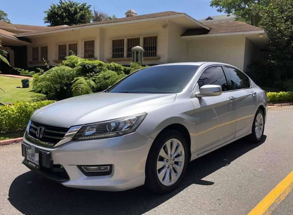 Honda Accord 2013 - 70000 km