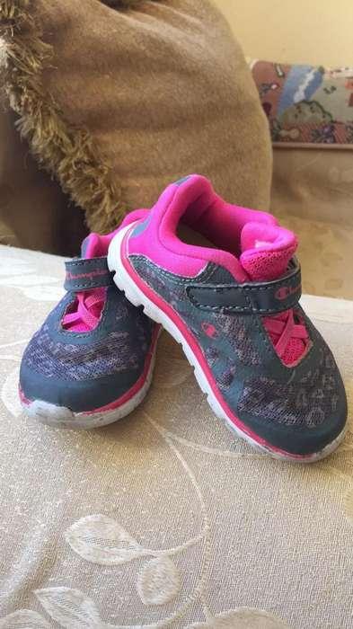 Zapatos de Niña Champions Talla 4