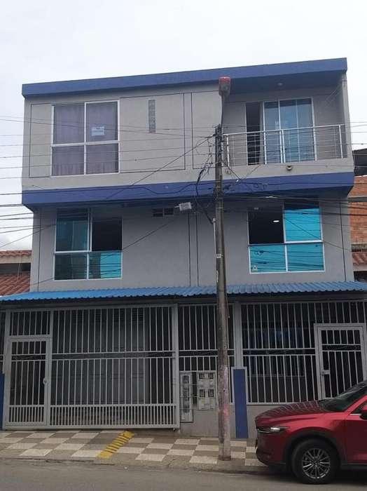 <strong>apartamento</strong> en Jardin-Atolsure-lindo y amplio en Ibague-Tolima