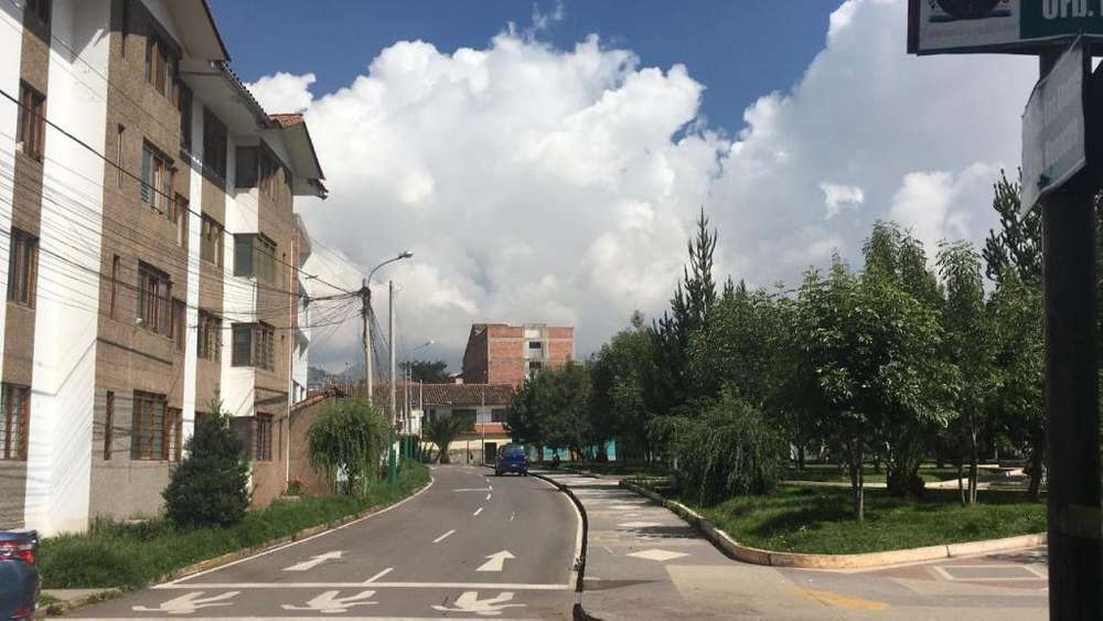 Ocasion Venta Departamento En Huancaro Zona Residencial 120m