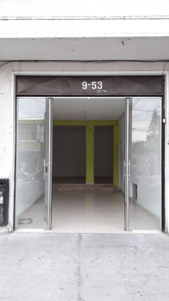 Se arrienda local con apartamento, Barrio Belén, zona centro, diagonal al panóptico, Ibagué