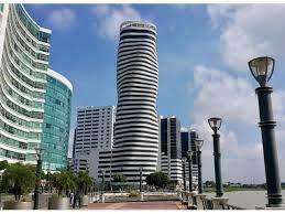 Venta P02 Parqueo exclusivo en <strong>edificio</strong> The Point Puerto Santa Ana Guayaquil