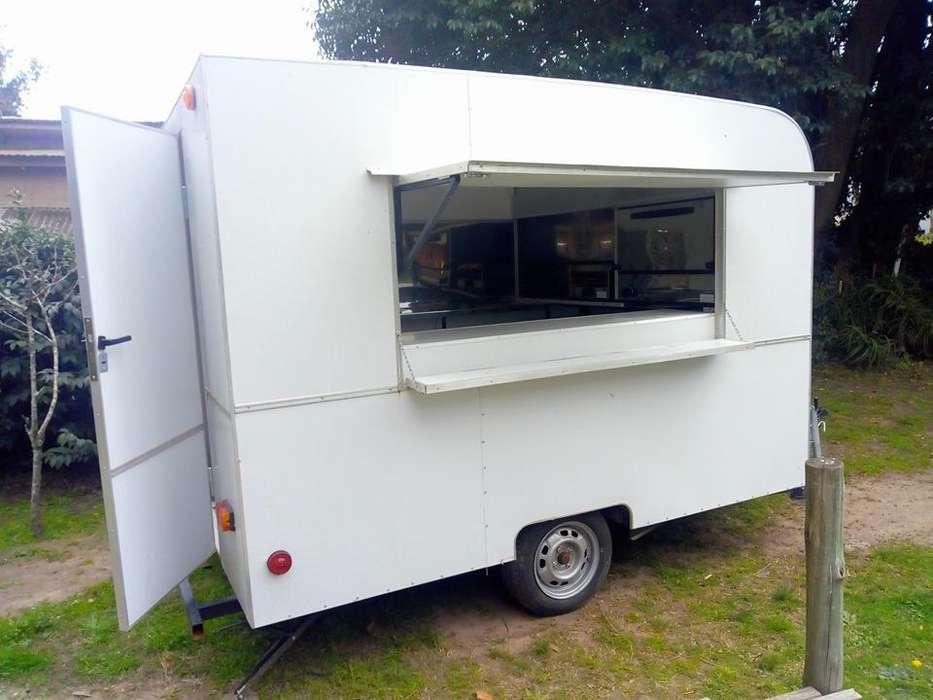 Food truck equipado, con muy poco uso. como nuevo