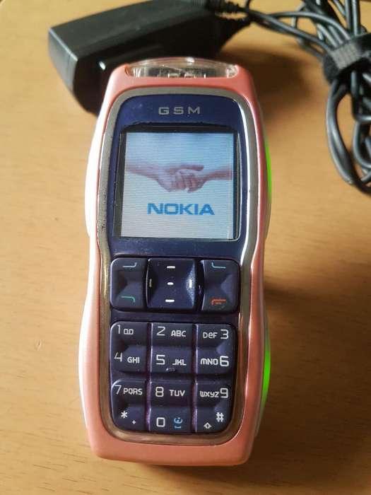 Nokia 3220 Pink Luces Discoteca
