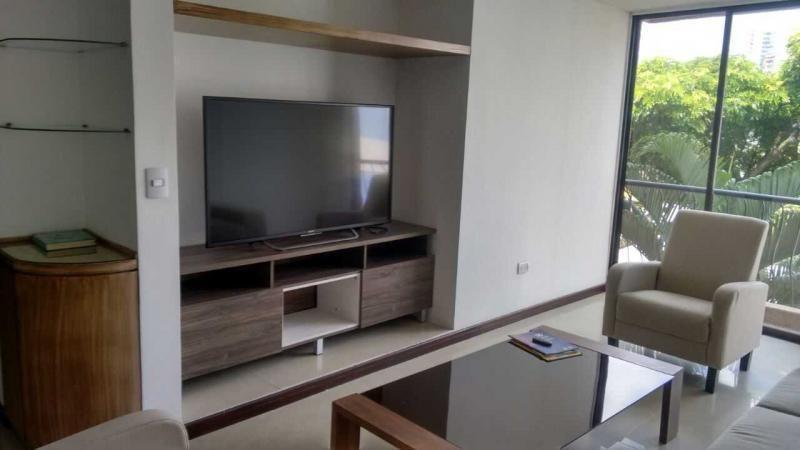 Apartamento En Arriendo En Cali Santa Rita Cod. ABJMI8332