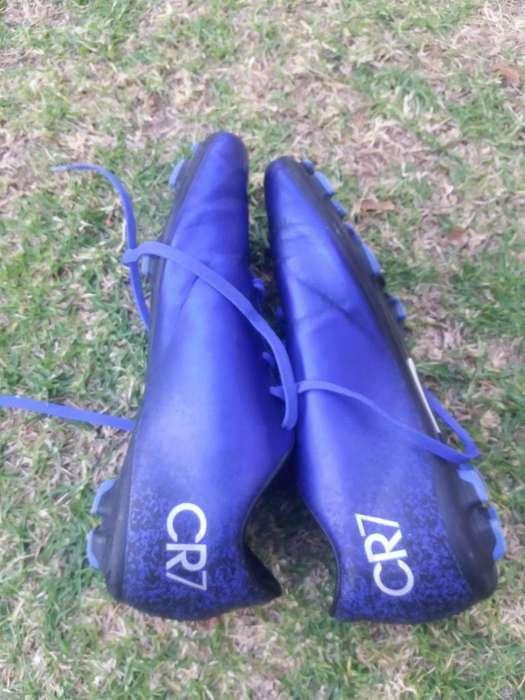 Se Vende Zapatos (pupos)de Cr7