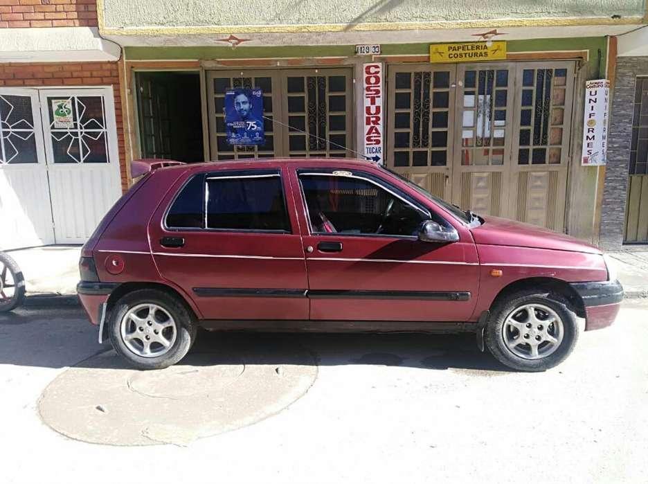 Renault Clio  1997 - 190 km