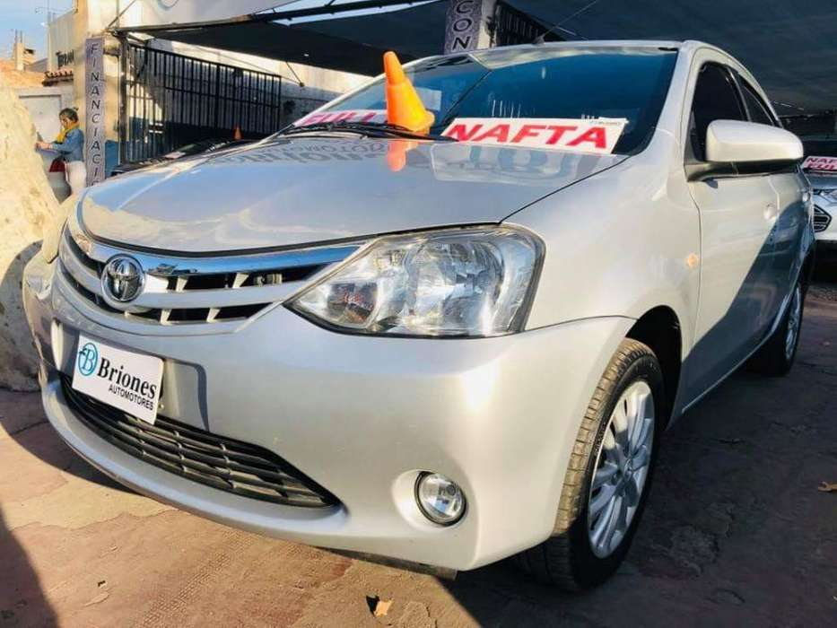 <strong>toyota</strong> Etios 2014 - 85000 km
