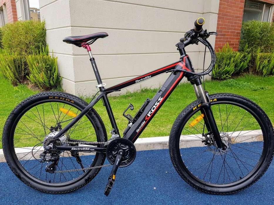 Bicicleta de montaña con motor eléctrico