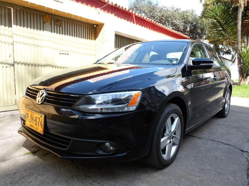 VOLKSWAGEN NEW JETTA 2011 SUNROOF SECUENCIAL
