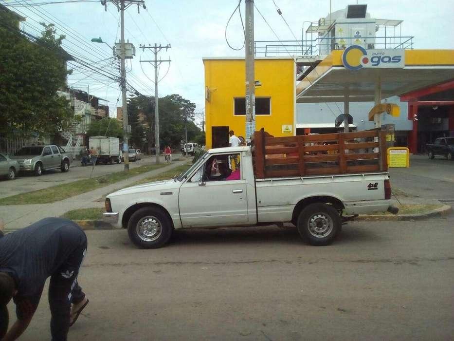Camioneta de Estaca